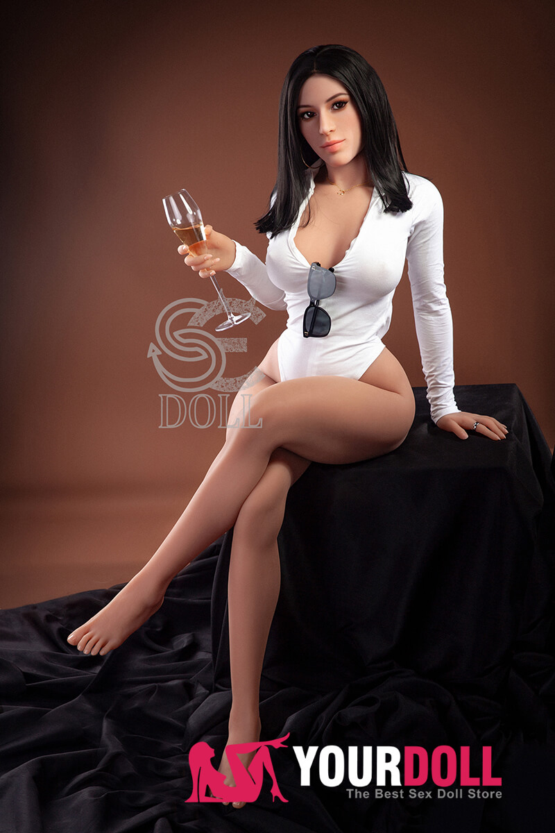 girl with male sex doll
